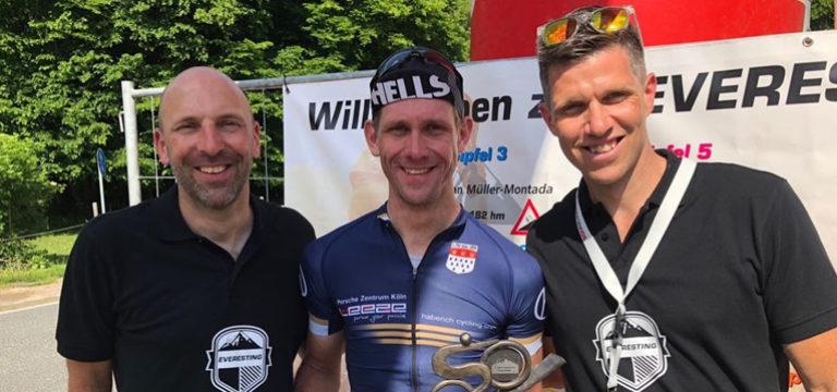 Die haberich cycling crew mit Charity Aktion – Norman Franke auf großer Fahrt beim Everesting in Volkesfeld! Einmal den höchsten Berg der Welt mit dem Rad erklimmen und zurück!