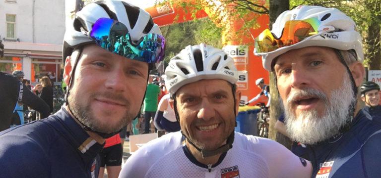 """Amstel Gold Race in gemischter Gruppe"""